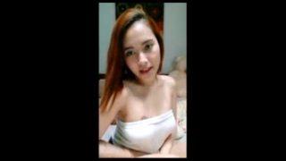 Cute Chick Nakita Ang Suso Ng Di Sadya Nipple Slip