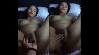 Pinay Busy Sa Work Ngayon Lang Nakabawi Sa Iyot