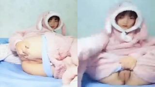 Di Ko Akalain Ganito Kataba Ang Pepe Ng Kuneho – Bunny Girl