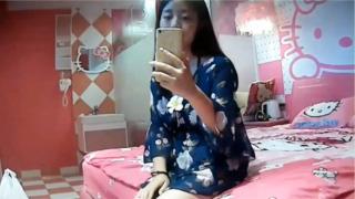Selfie Muna Bago Ibigay Ang Bataan Kay New Bf