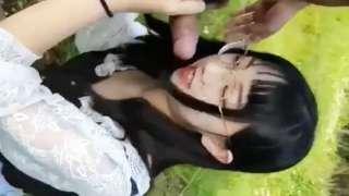 Girlfriend Na Yayamanin, Hindi Daw Sya Sanay Kumain Ng Hotdog